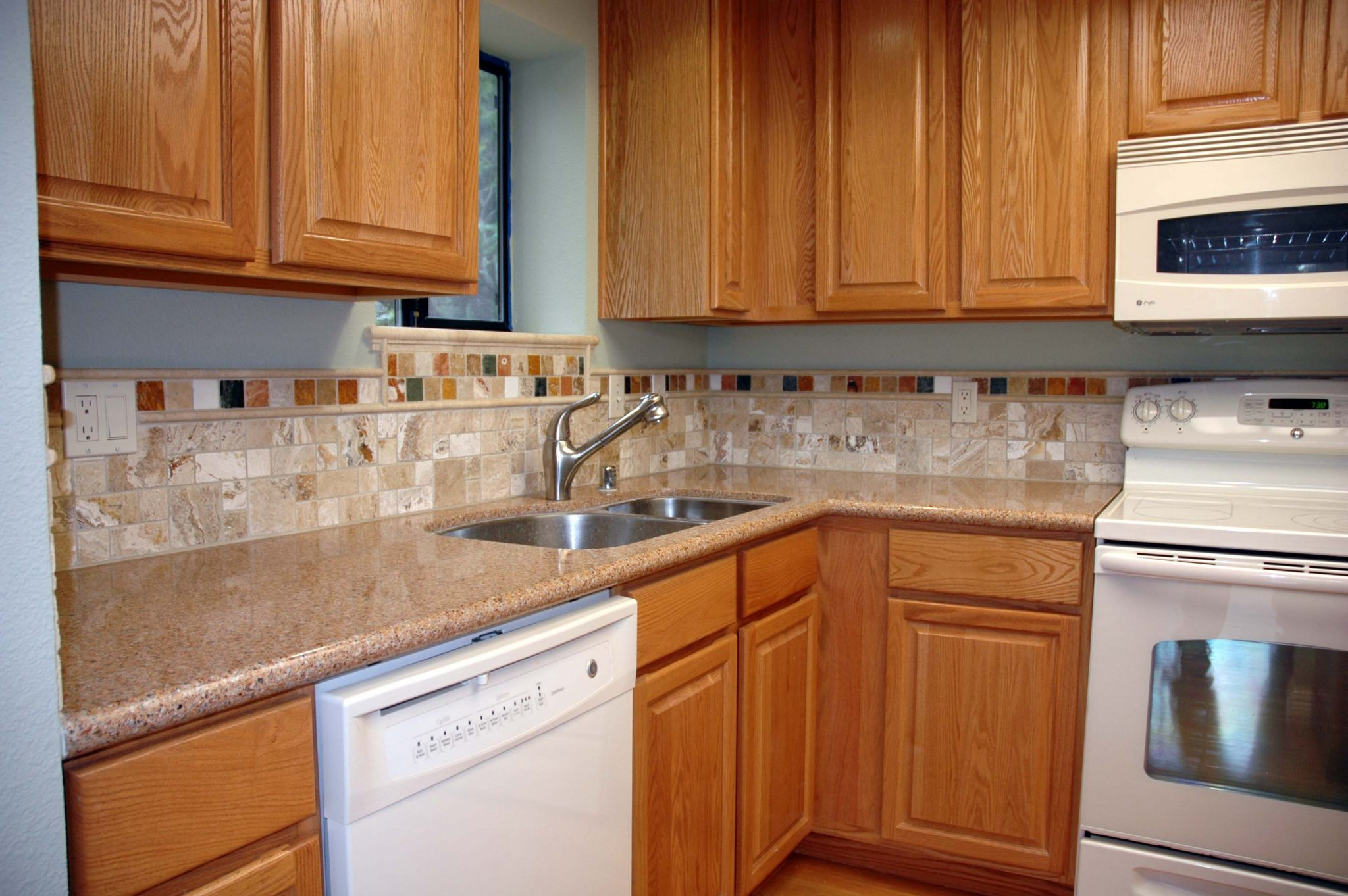 kitchen cabinets backsplash ideas photo - 8