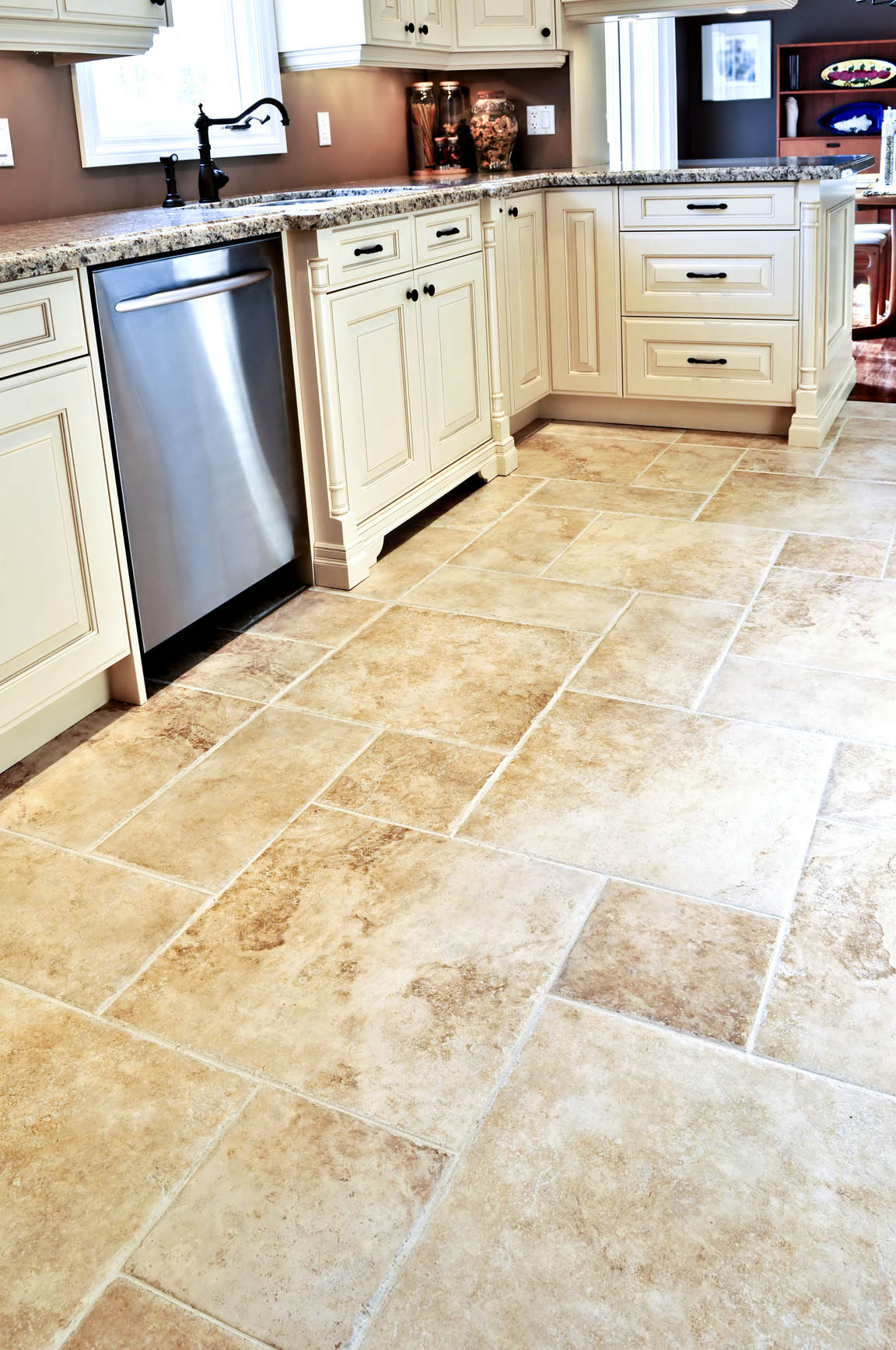 kitchen floor tile ideas with white cabinets photo - 6