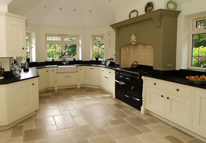 kitchen floor tile ideas with white cabinets photo - 9