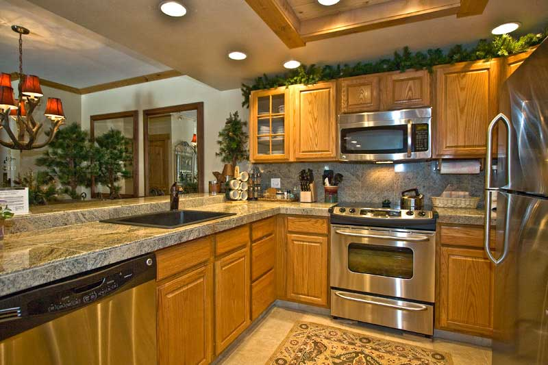 kitchen ideas oak cabinets photo - 1