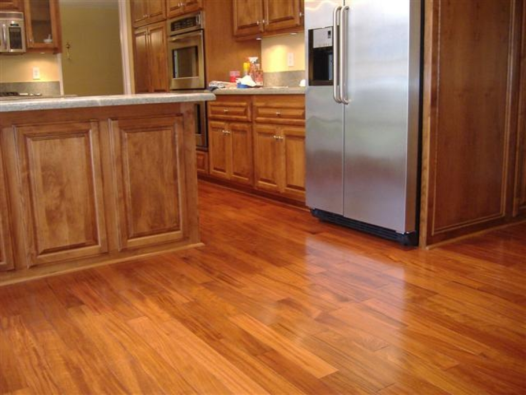 laminate wood flooring for kitchen photo - 2
