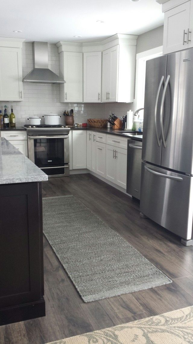 laminate wood flooring for kitchen photo - 5
