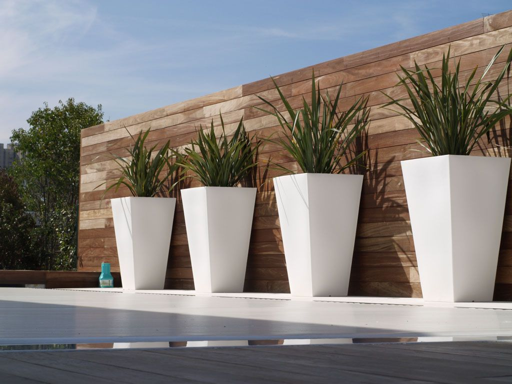 large designer garden pots photo - 10