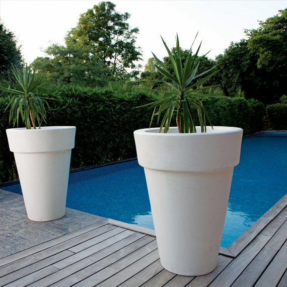 large designer garden pots photo - 3