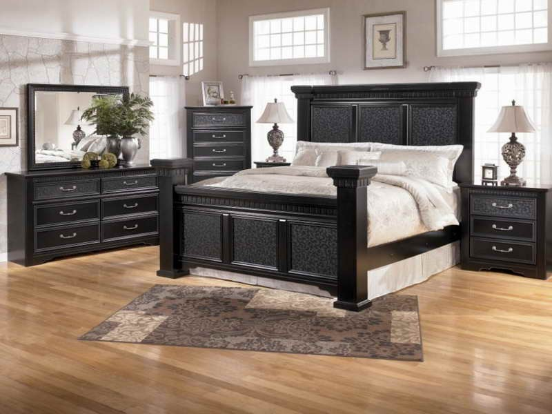 master bedroom black furniture photo - 10