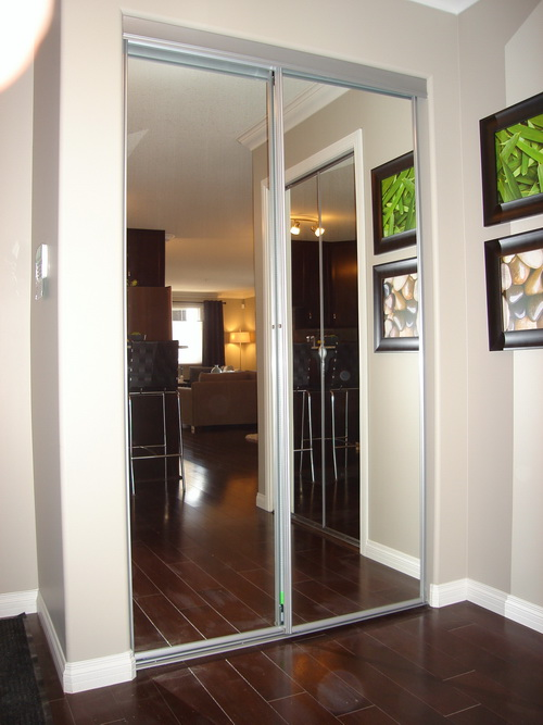 mirrored closet doors photo - 9