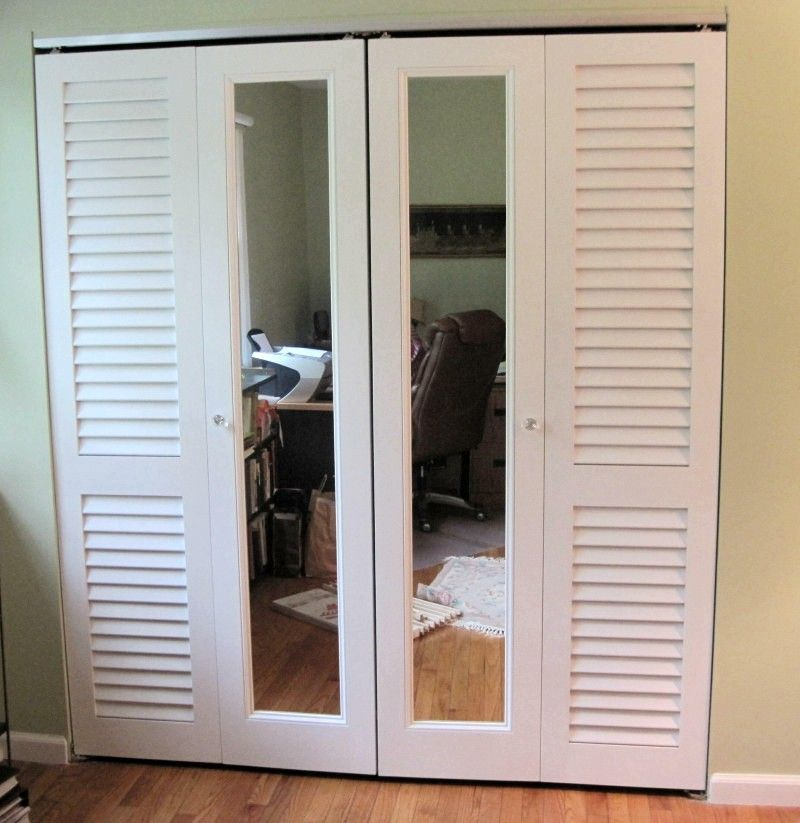 mirrored closet doors bifold photo - 1