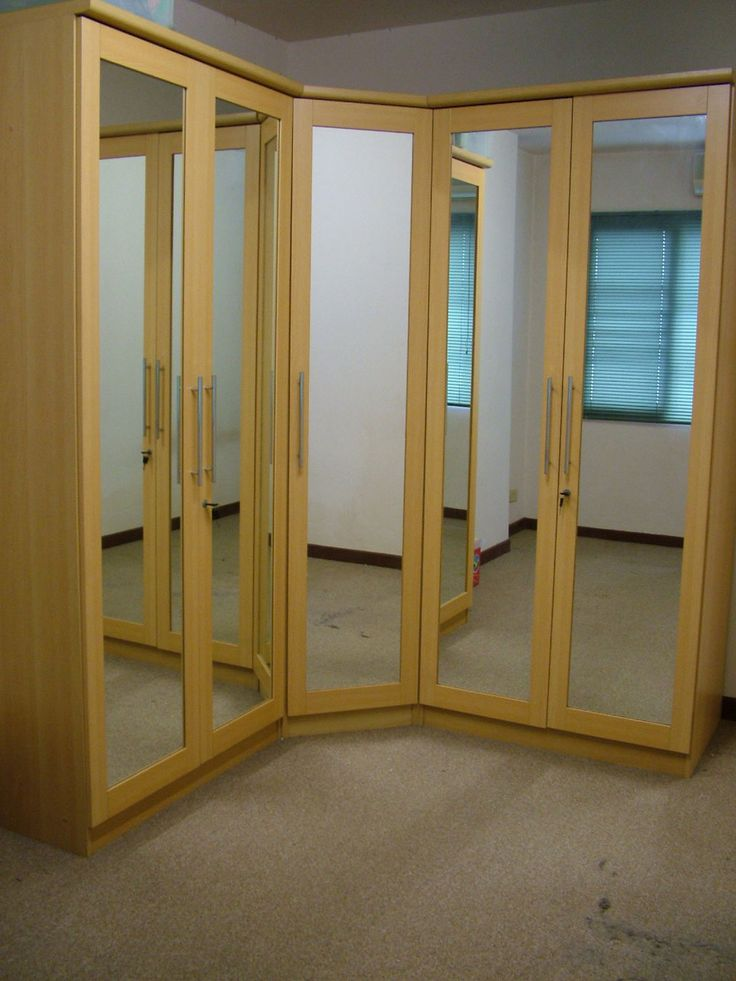 mirrored closet doors modern photo - 6