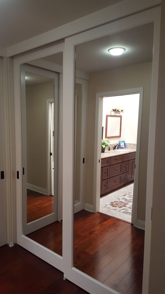 mirrored closet doors modern photo - 8