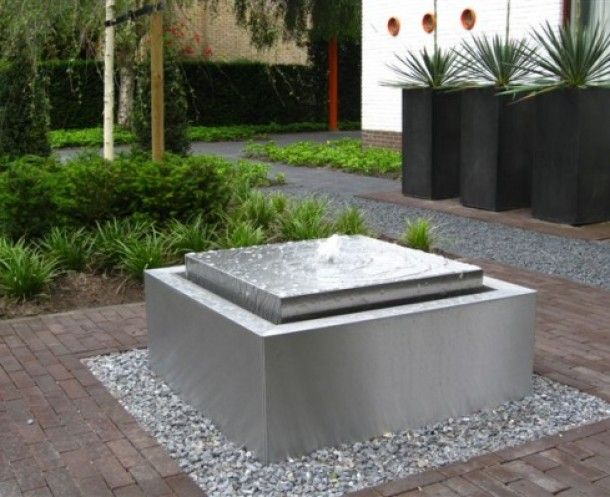 modern water fountains photo - 7