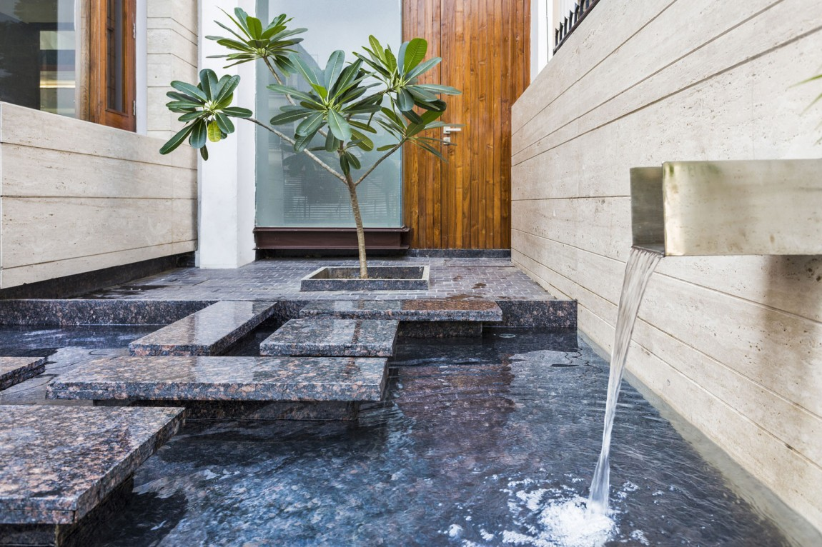 modern water fountains home photo - 6