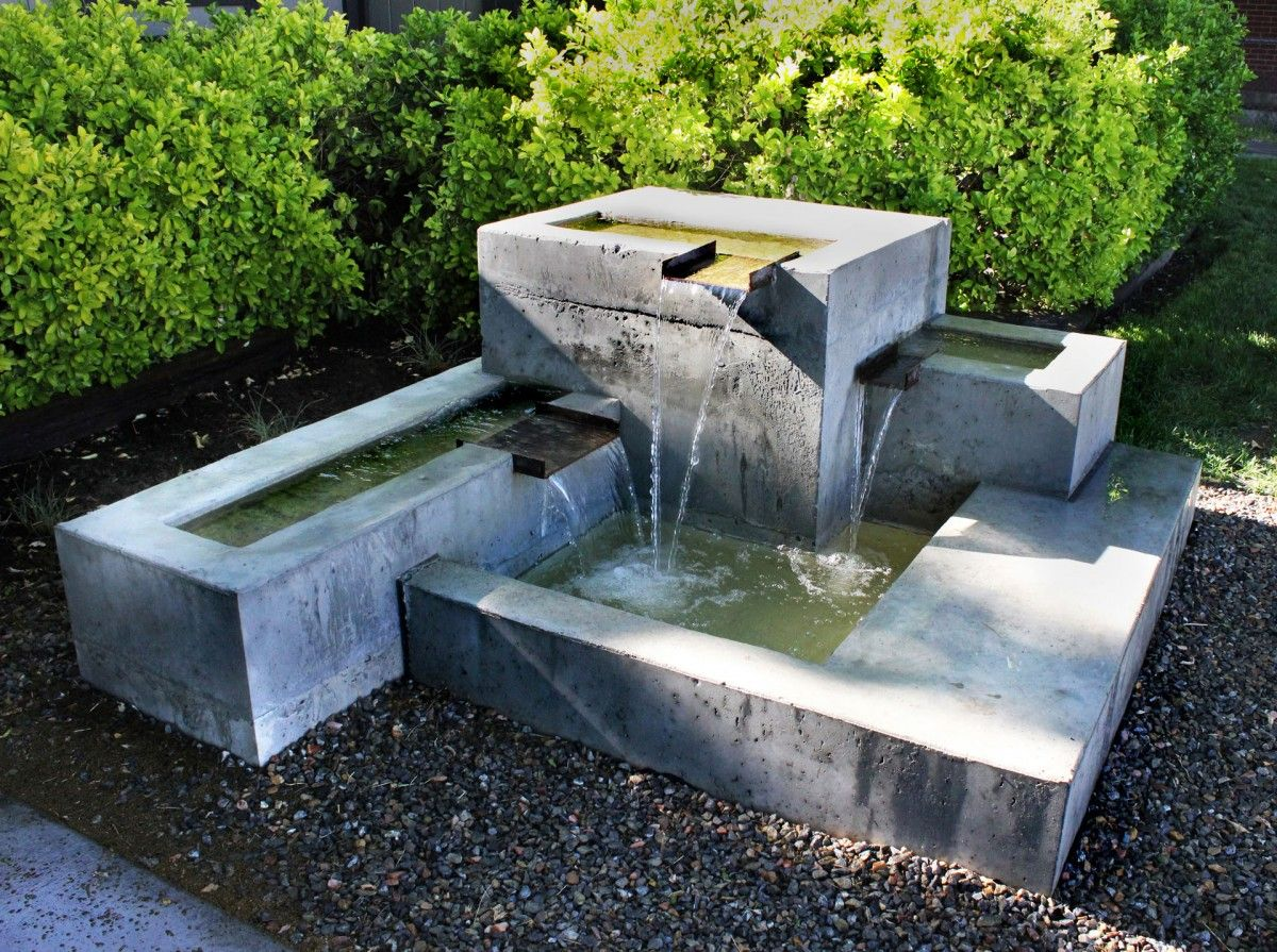 modern water fountains outdoor photo - 2