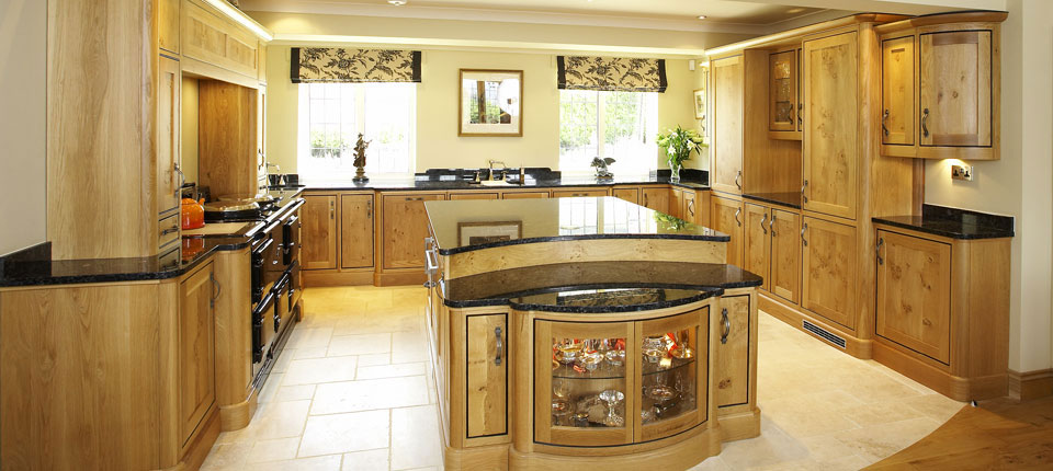 oak country kitchen designs photo - 2