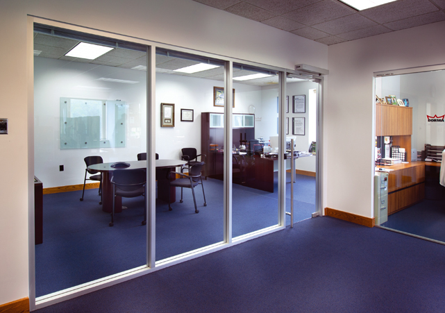 office interior glass walls photo - 5