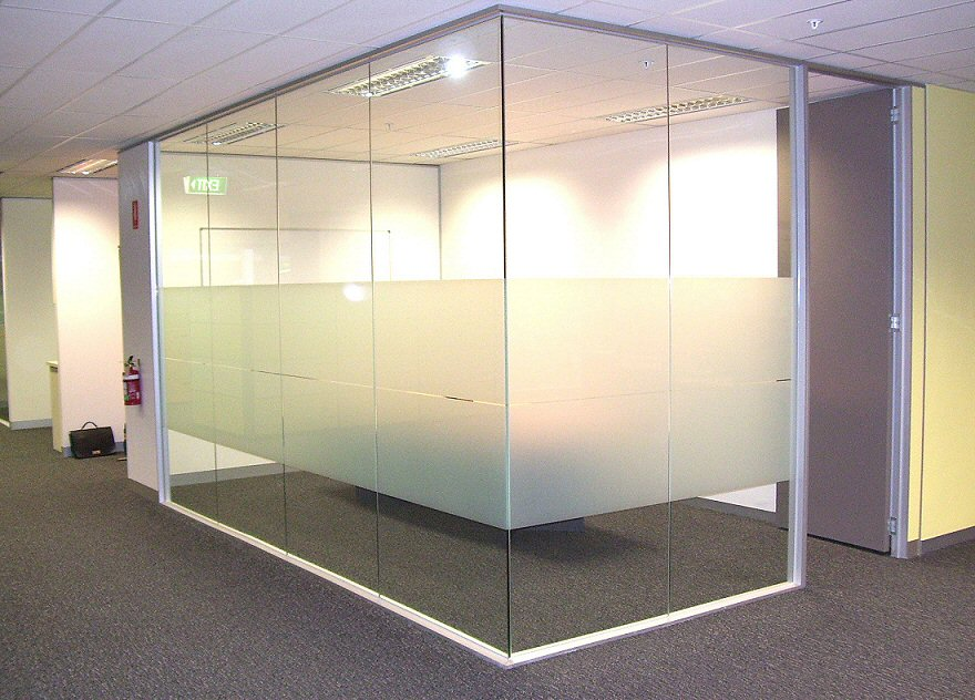 office partition glass walls photo - 2