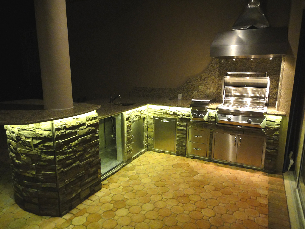 outdoor kitchen lighting photo - 1
