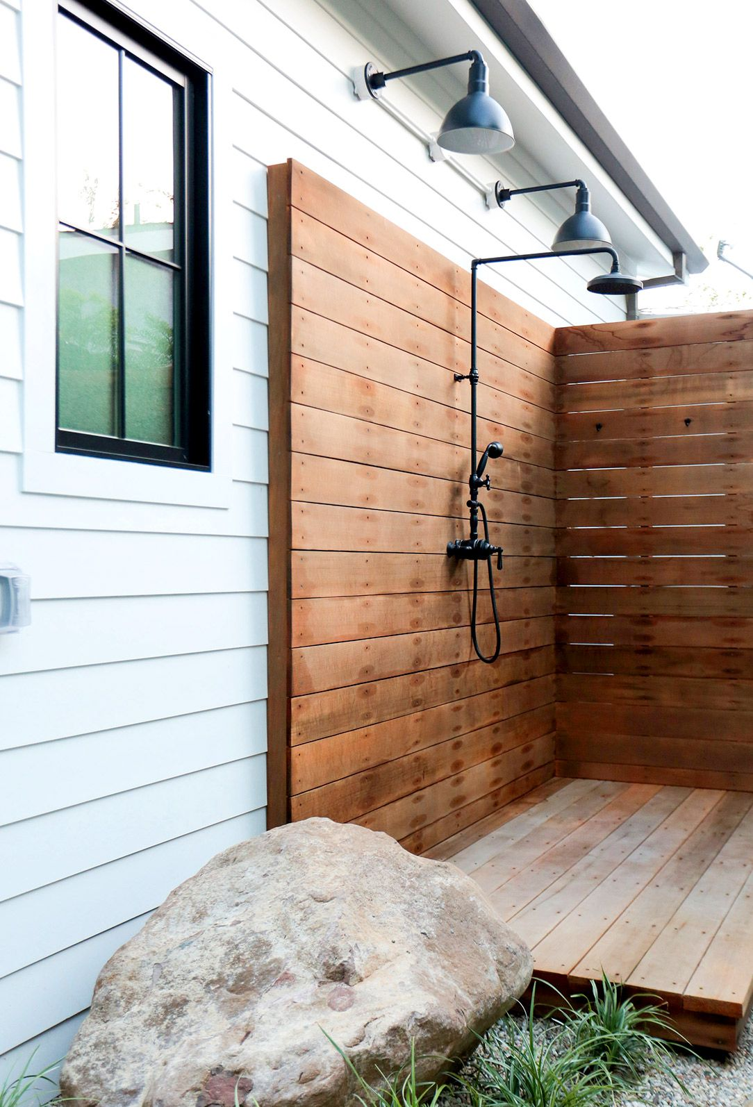 outdoor shower fixtures photo - 7