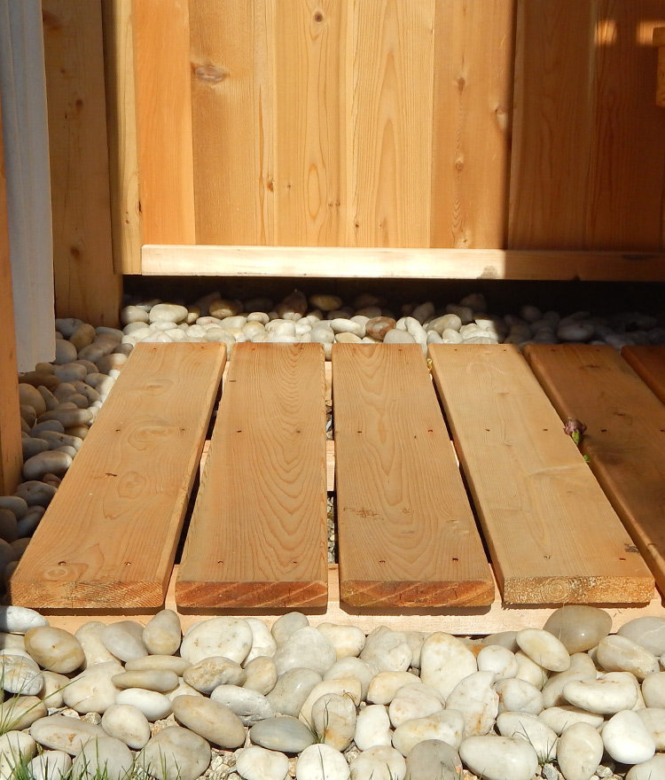 outdoor shower floors photo - 10