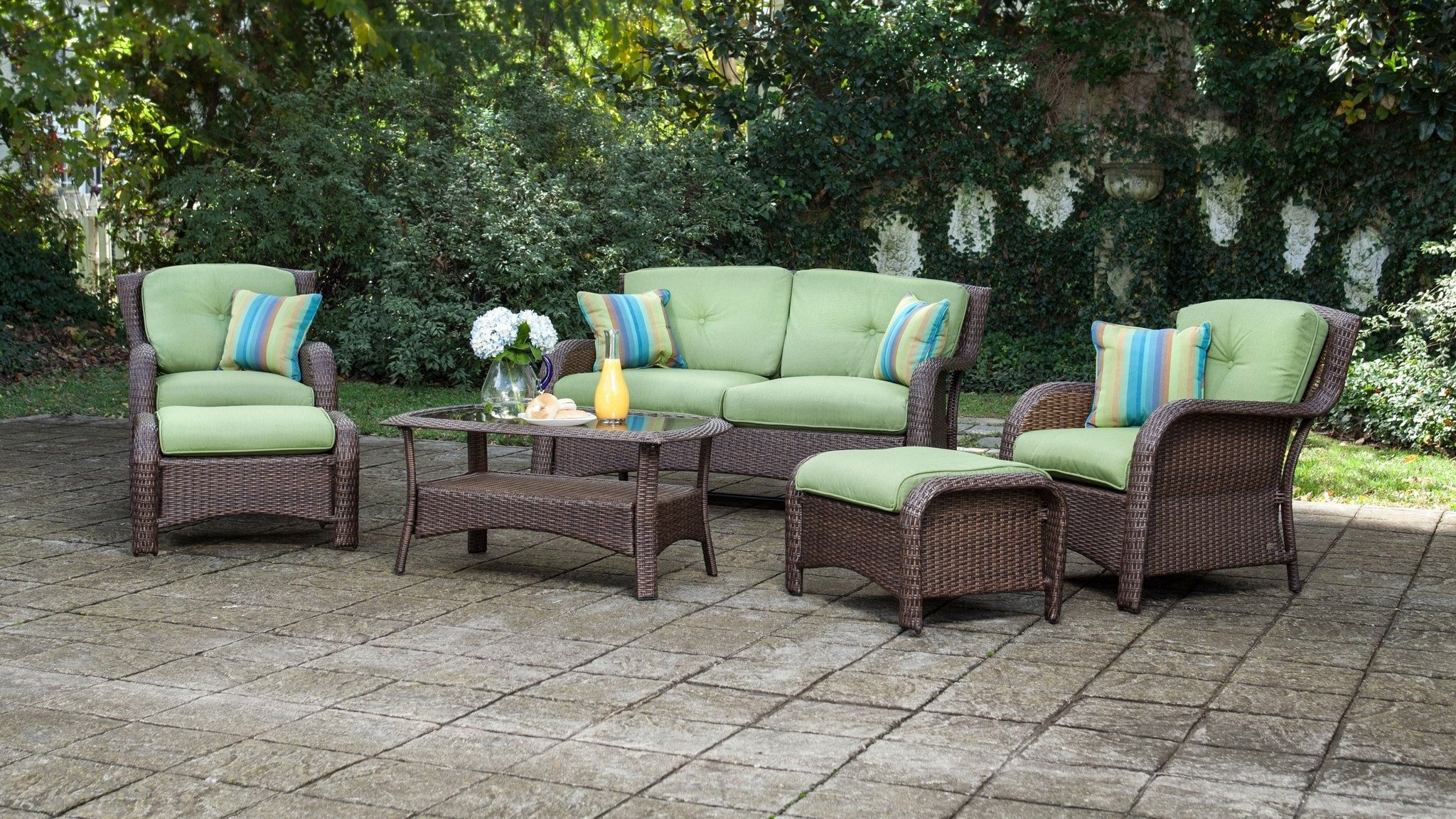 outdoor wicker furniture green photo - 7