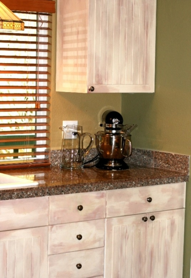 painting old kitchen cabinets ideas photo - 2