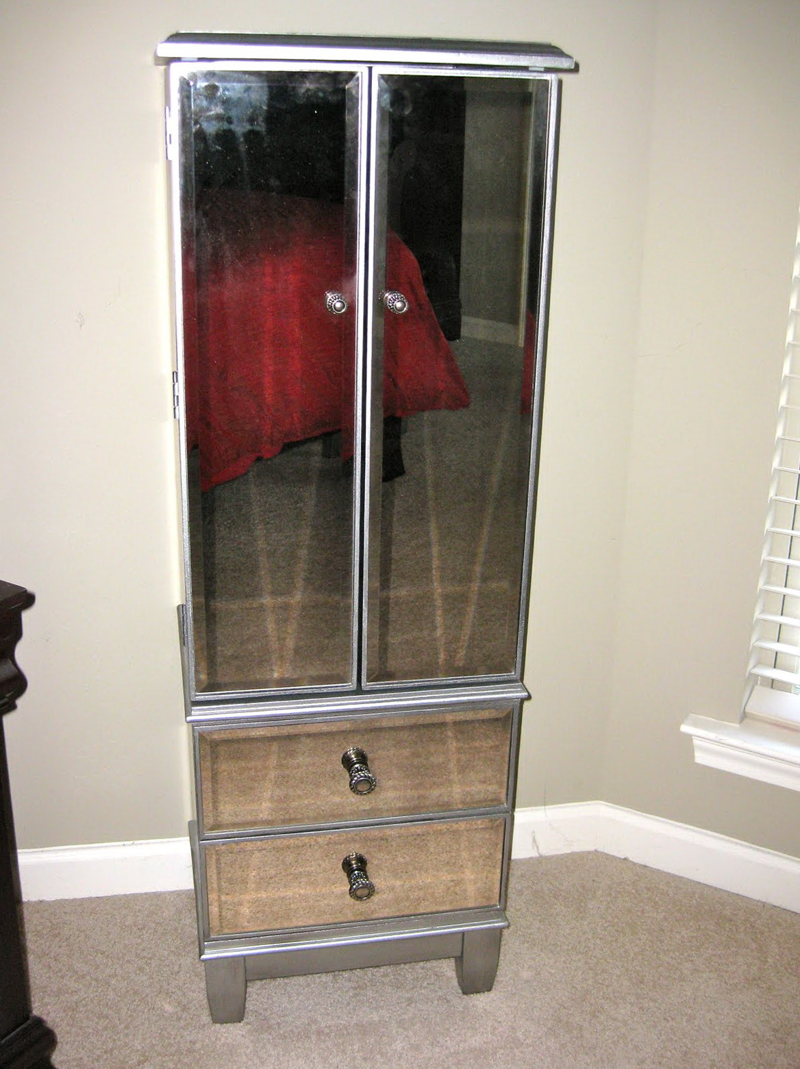 pier 1 mirrored bedroom furniture photo - 1