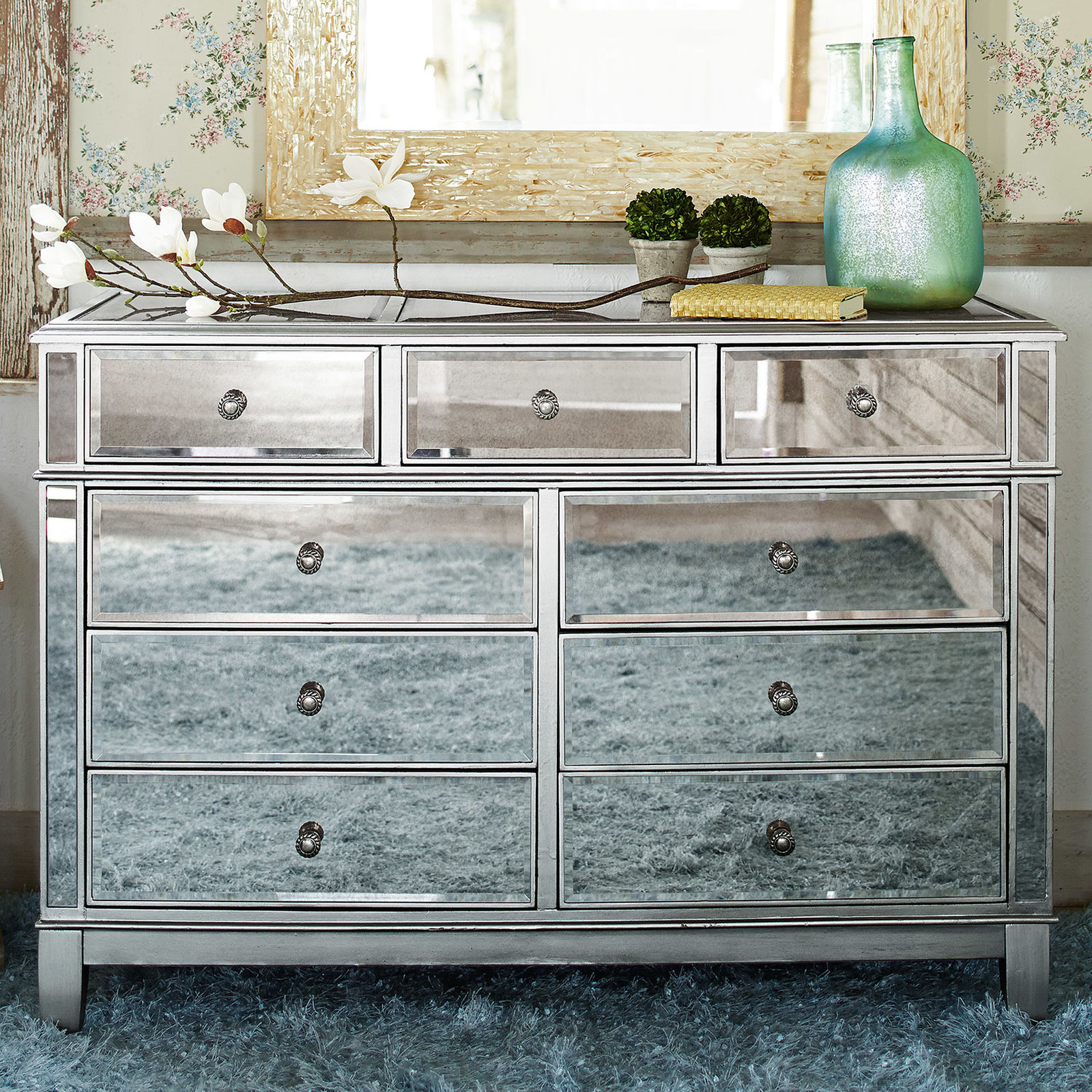pier 1 mirrored bedroom furniture photo - 4