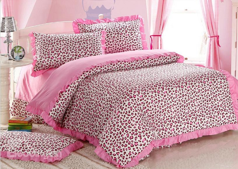 pink cheetah print bedroom photo - 3