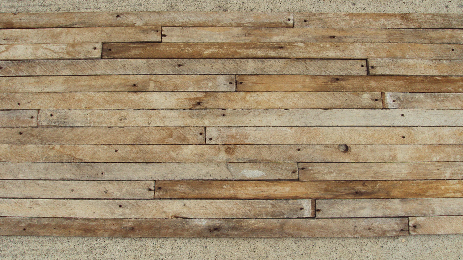 reclaimed wood wall design sponge photo - 1