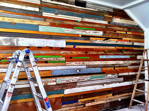 reclaimed wood wall design sponge photo - 9
