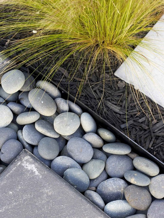 river rock garden edging photo - 4