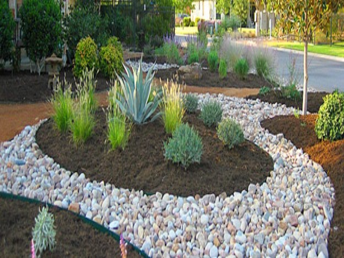 river rock garden edging photo - 6