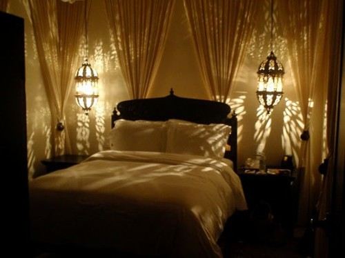 romantic bedroom lamp photo - 4