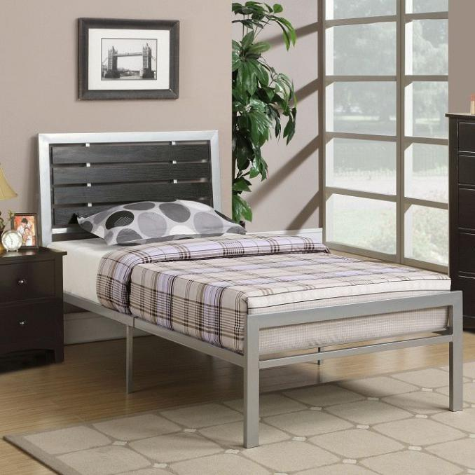 silver metal bedroom sets photo - 3