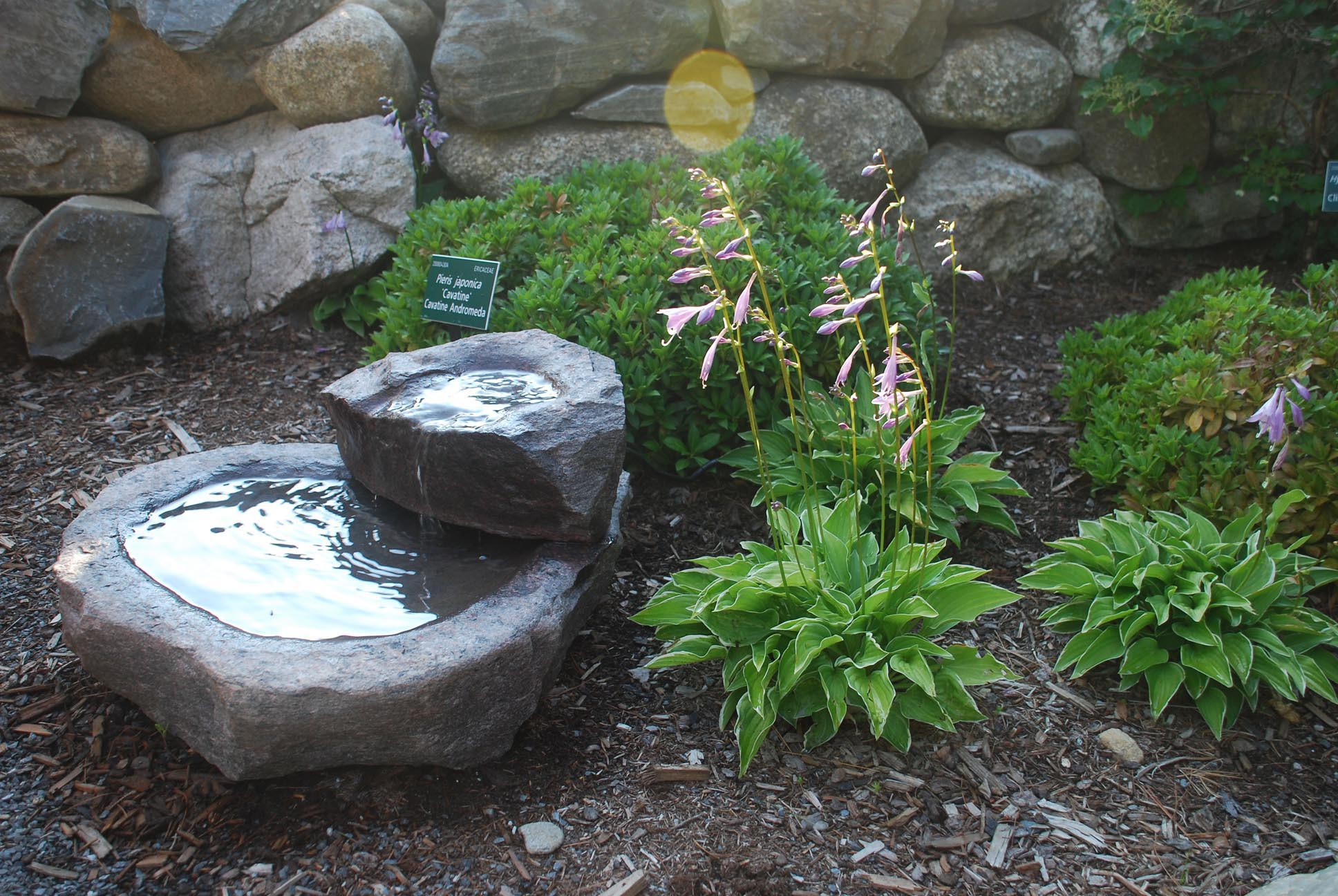small garden fountains ideas photo - 1
