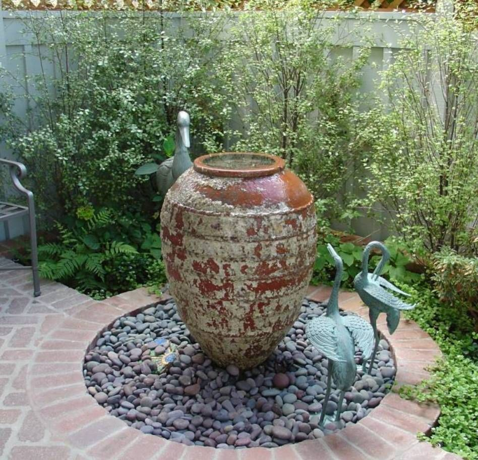 small garden fountains ideas photo - 10