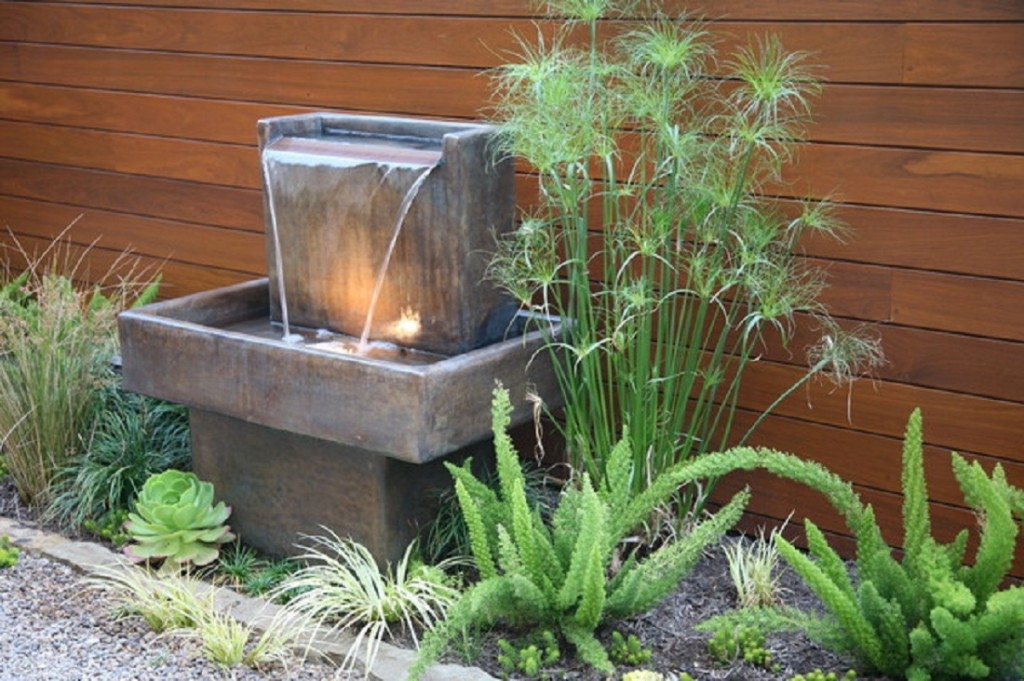 small garden fountains ideas photo - 5