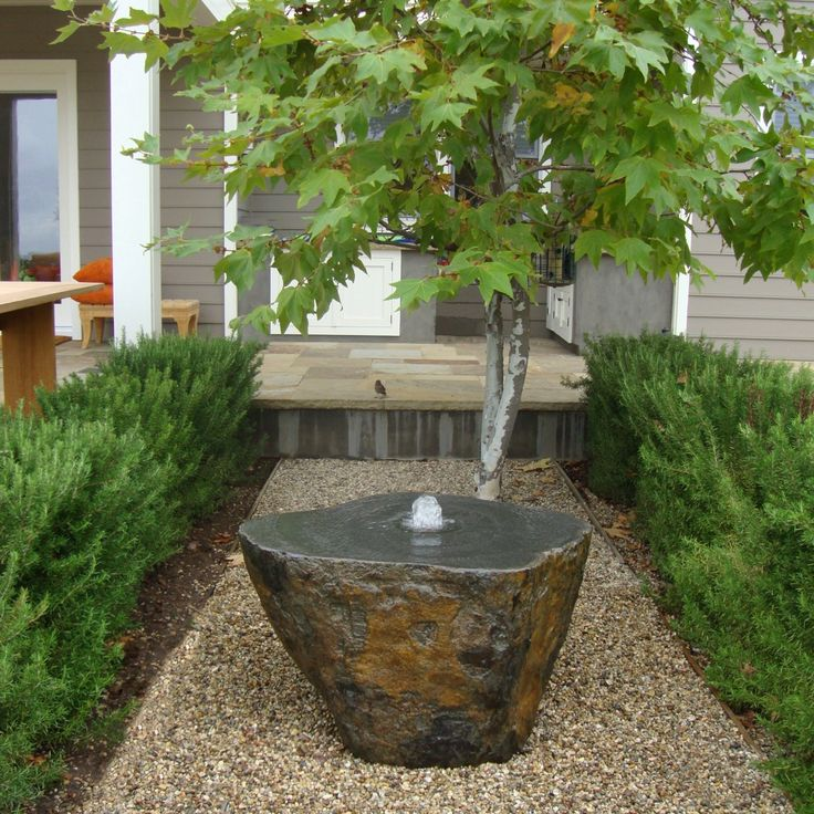 small garden fountains ideas photo - 7