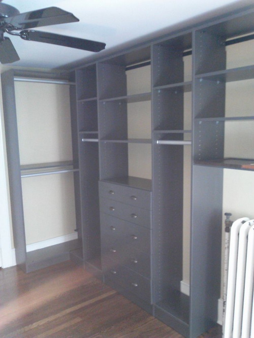 small walk in closet design layout photo - 9