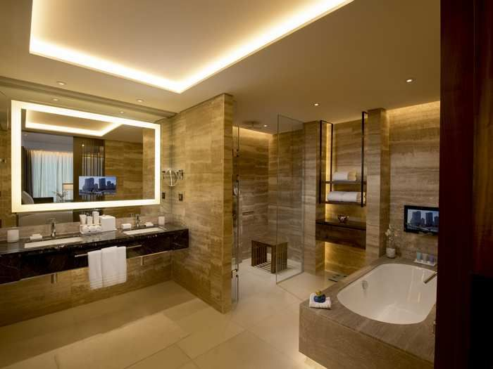 spa bathroom suites photo - 1