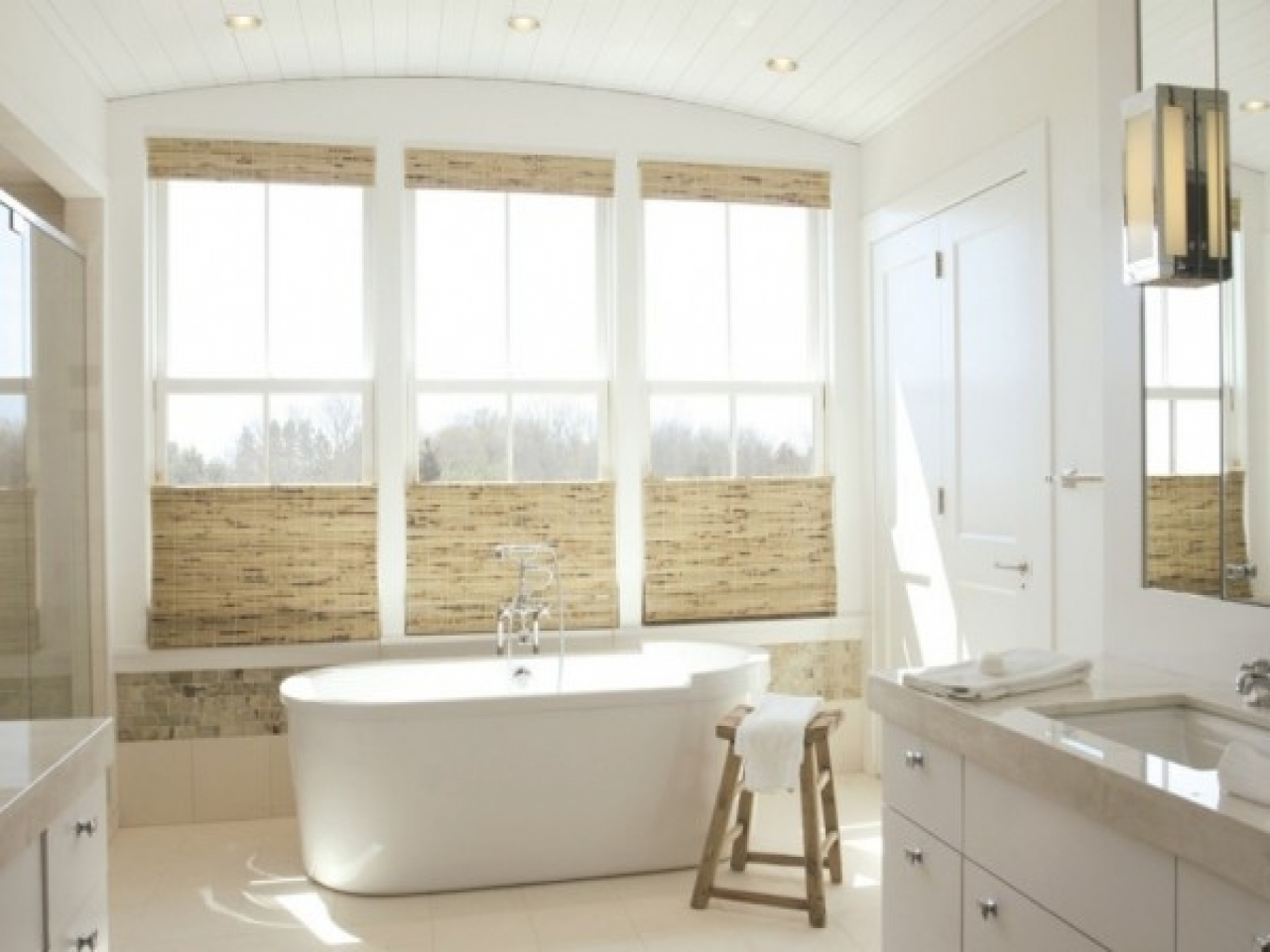 spa bathroom window treatments photo - 6