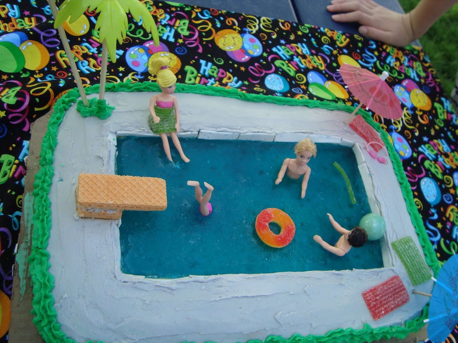 swimming pool birthday ideas photo - 4