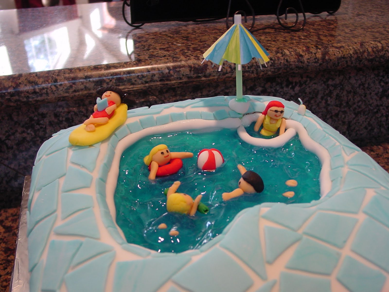 swimming pool birthday ideas photo - 8