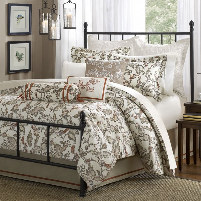 traditional bedroom comforter sets photo - 10