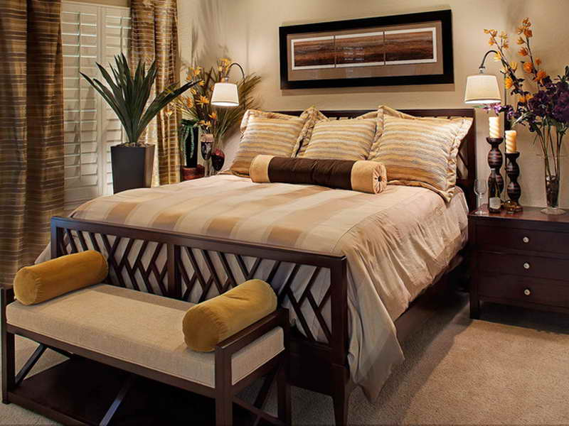 traditional bedroom decorating photo - 7