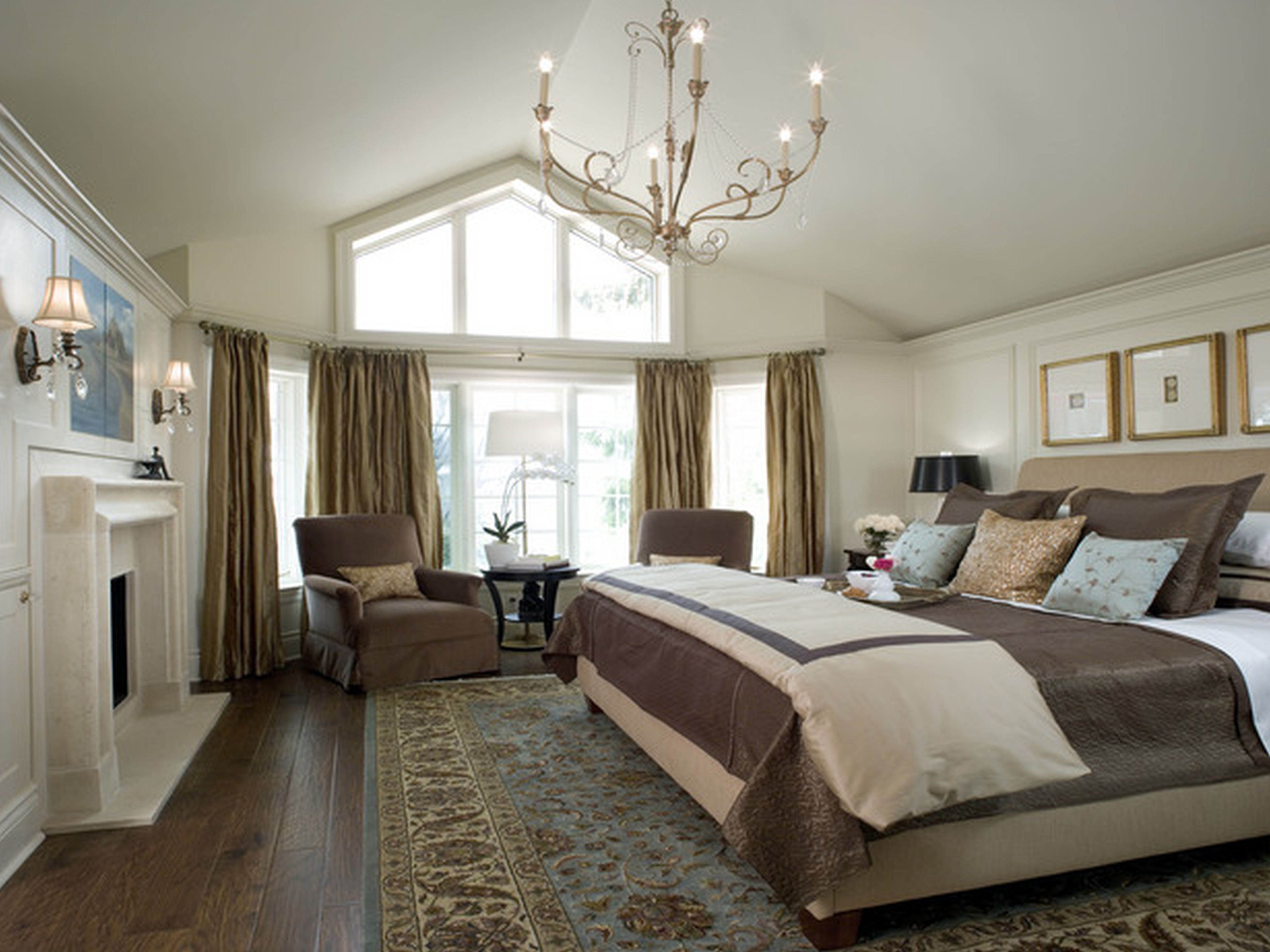 traditional contemporary bedroom photo - 4