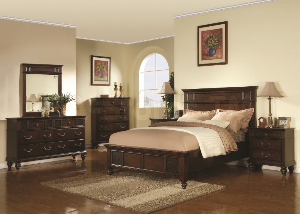 traditional contemporary bedroom photo - 7