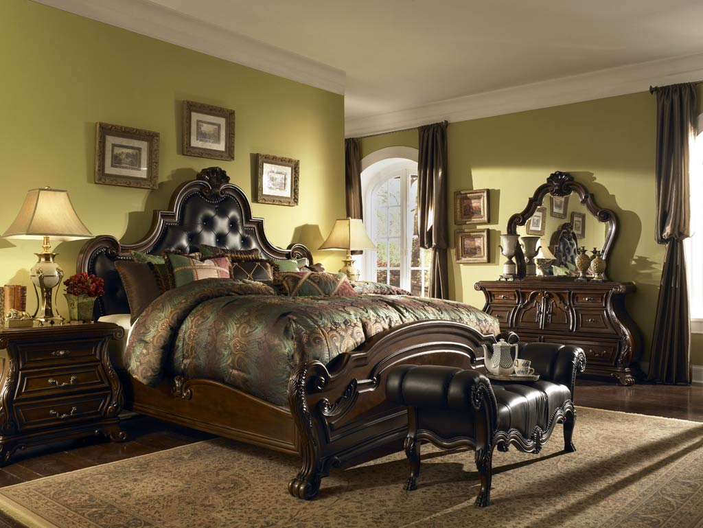traditional designer bedroom furniture photo - 6