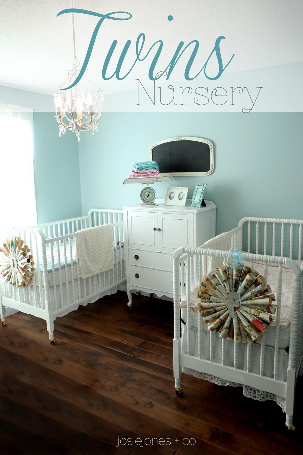 twin nursery furniture photo - 3