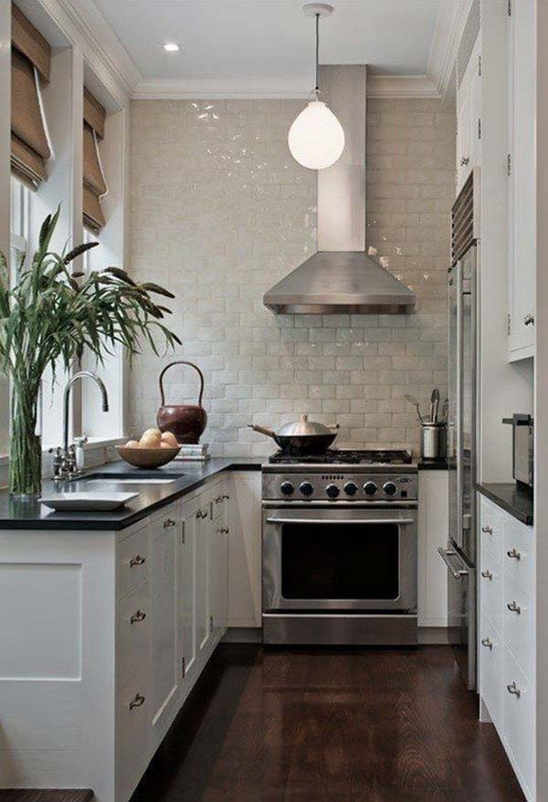 u shaped kitchen photo - 7
