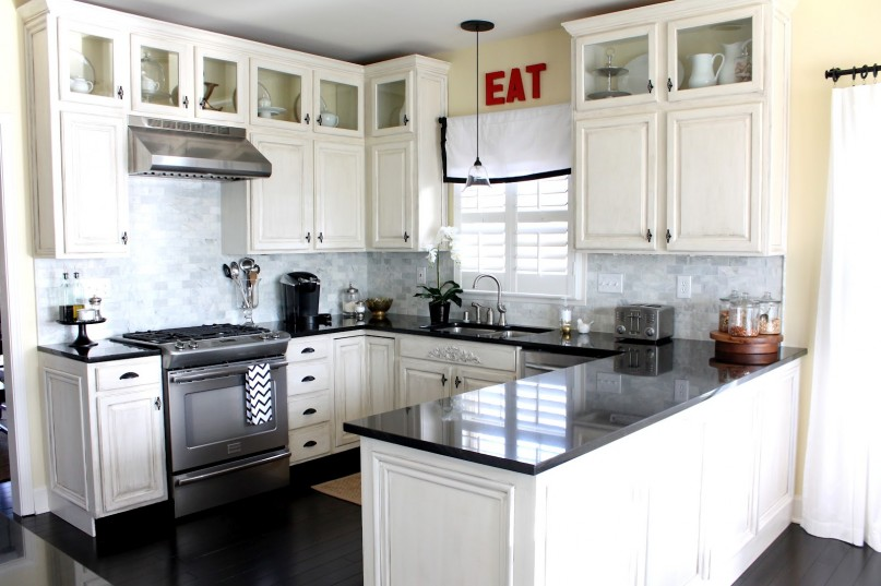u shaped kitchen renovation photo - 10